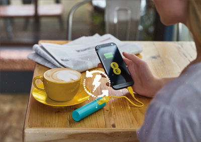 The EE Power Bar - Phone charging in coffee shop